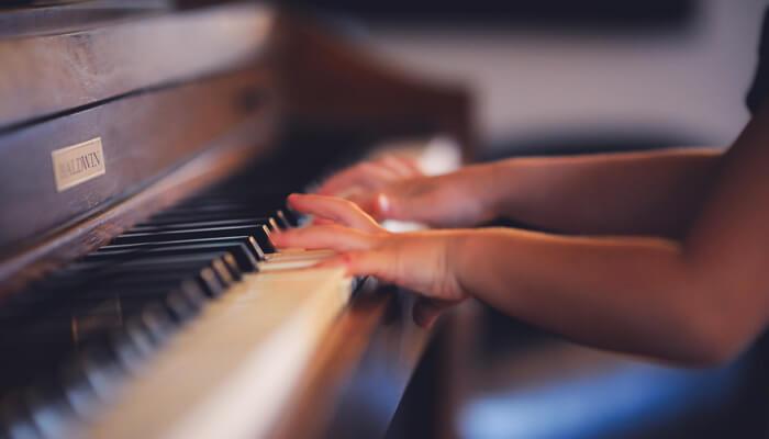 指が動かないピアノ初心者でもすぐに弾ける基礎練習曲集1「バーナム・ピアノテクニック」
